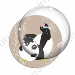 Image digitale - Panda sur le dos fond bambou