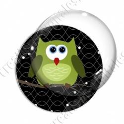 Image digitale - Hibou vert sur fond noir